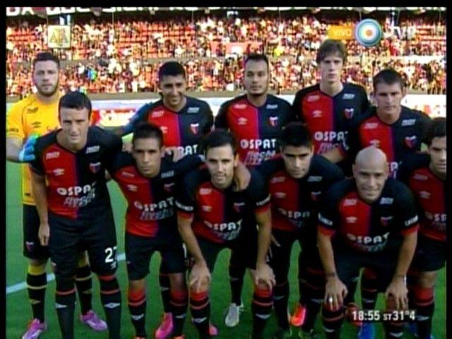 Colón no le tuvo piedad a Belgrano y lo goleó 3 a 0 en el Brigadier López
