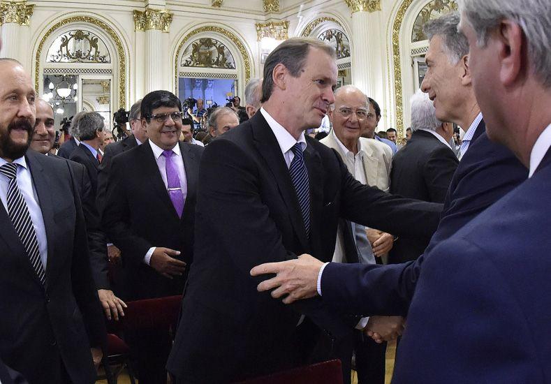 Bordet saluda a Macri