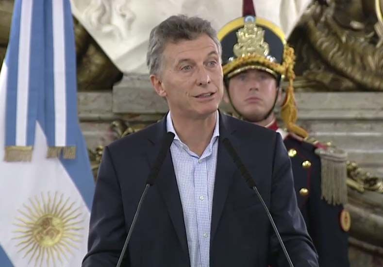 Macri anunció el aumento a 30.000 pesos del mínimo no imponible del impuesto a las Ganancias