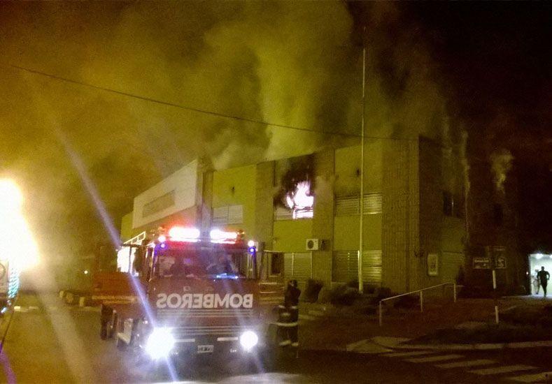 Se incendió una oficina de la Municipalidad de Villa Libertador