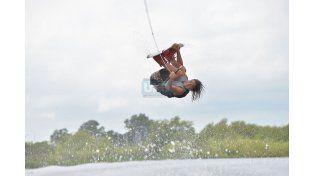 Volando por el río