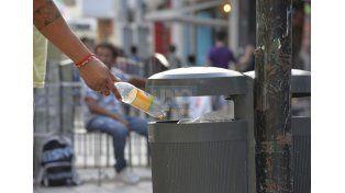 Al tacho. La basura que genera Paraná es similar en los últimos años
