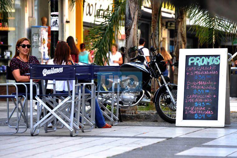 Bares y comedores de Paraná deberán advertir sobre el abuso de alcohol