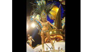 La belleza que saltó de Combate a reina en Gualeguaychú