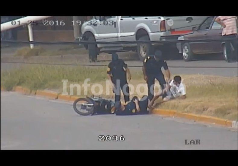 Video: la Policía de Nogoyá acusada de armar una falsa denuncia