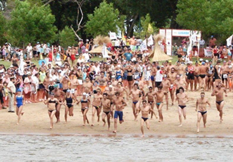 La segunda fecha del 13º Acuatlón Concordiense contó con 1.000 metros de natación.    Foto Gentileza/Prensa Pruebas Combinadas