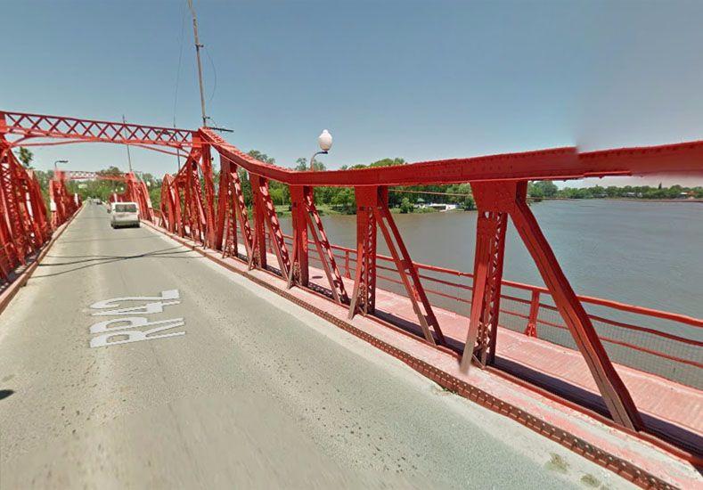 Gualeguaychú: se ahogó un turista que se tiró al agua desde el puente Méndez Casariego