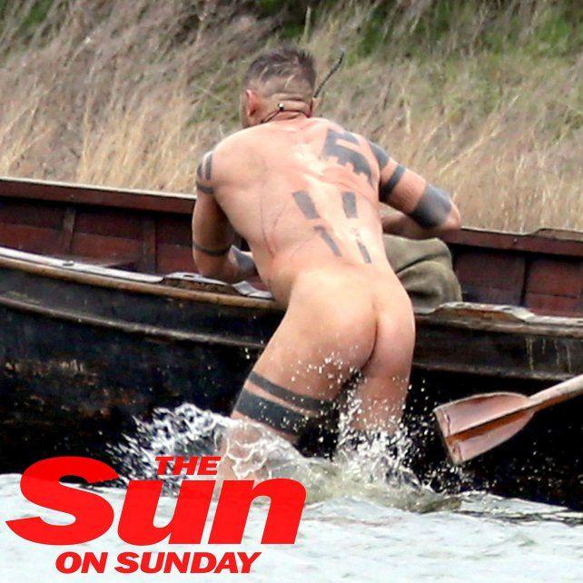 Tom Hardy, desnudito para una serie