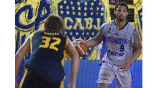 El equipo de Paraná le ganó a Boca el sábado y va por la segunda en la gira de tres partidos por Buenos Aires.