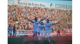 Telechea marcó el primer gol Santo en Primera.