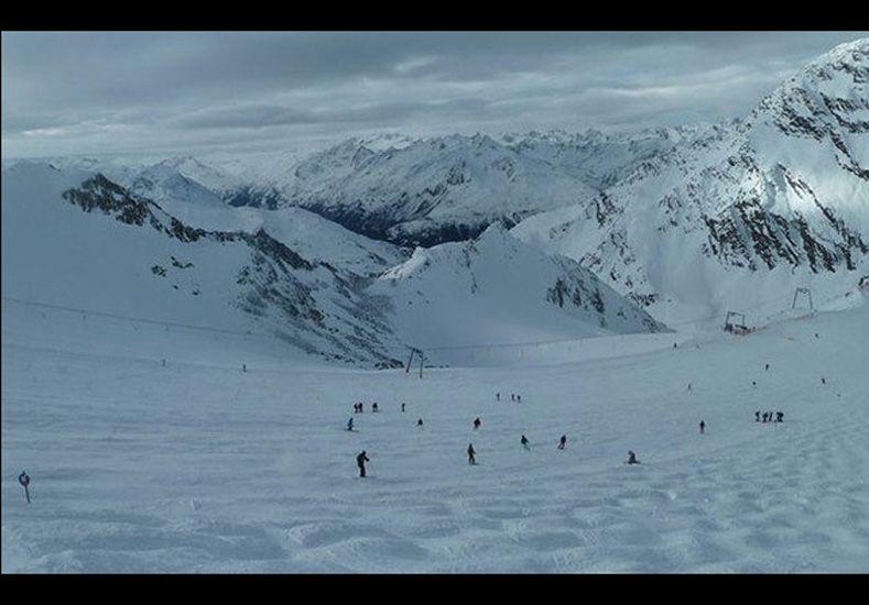 Al menos cinco esquiadores murieron por una avalancha en los alpes austríacos