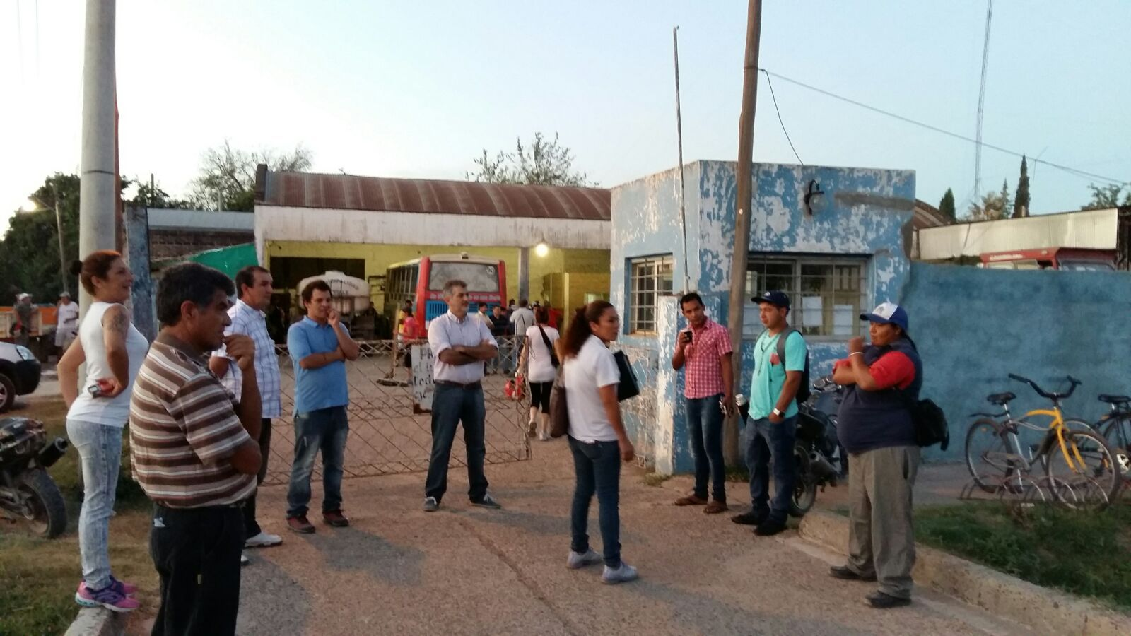 ATE realizó la asamblea porque desde el municipio le negaron el ingreso a los galpones municipales.