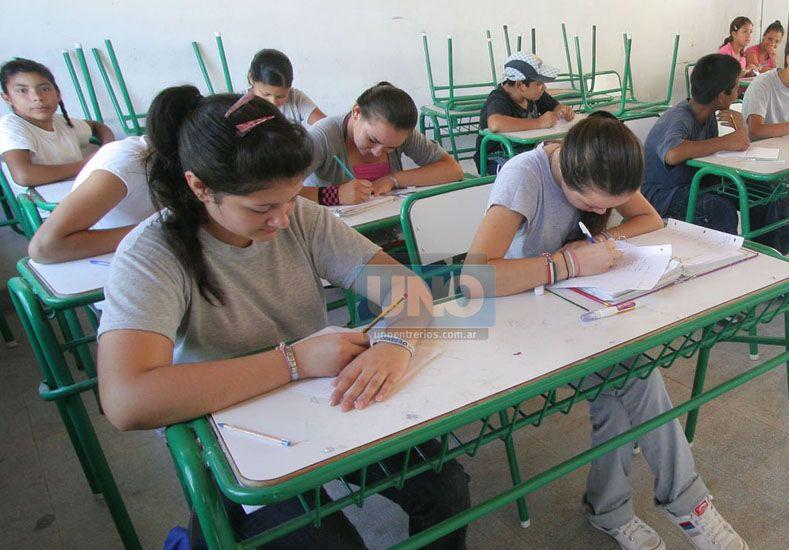 Tutorías. Están destinadas al apoyo escolar gratuito.  Foto UNO/Archivo