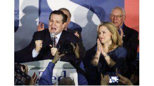 Exultante. Ted Cruz superó por tres puntos al estruendoso Donald Trump