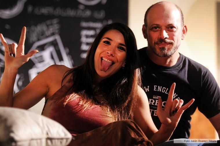 Andrea Rincón protagoniza Mi vida con Lucía en el teatro y se luce en La leona