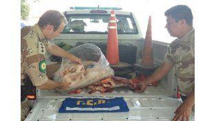 Decomisaron carne aviar y vacuna no apta para el consumo en María Grande