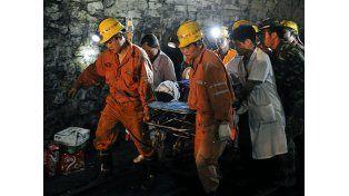 Rescataron a cuatro mineros que pasaron 36 días atrapados en China