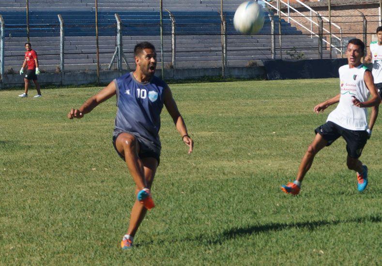 Luciano Leguizamón regresó al club que lo vio nacer y anotó un tanto.
