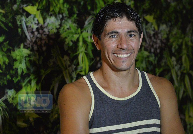 Ayer tuvo su primer contacto con el club y habló de su llegada.  Foto UNO/Mateo Oviedo