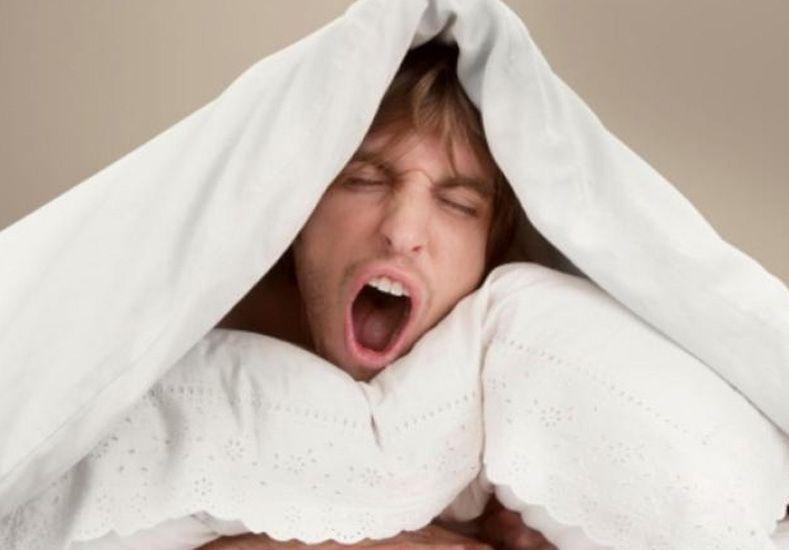 Éstos son los cinco beneficios de dormir del lado izquierdo