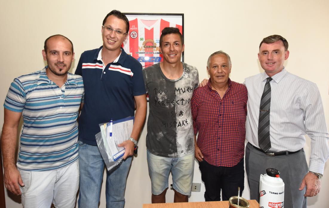 Atlético Paraná sumó otro refuerzo