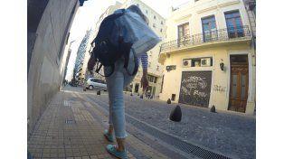 Los peatones circulan tranquilos y hacen más compras.
