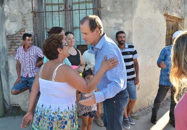 Bordet recorrió las zonas afectadas por las inundaciones en Gualeguay