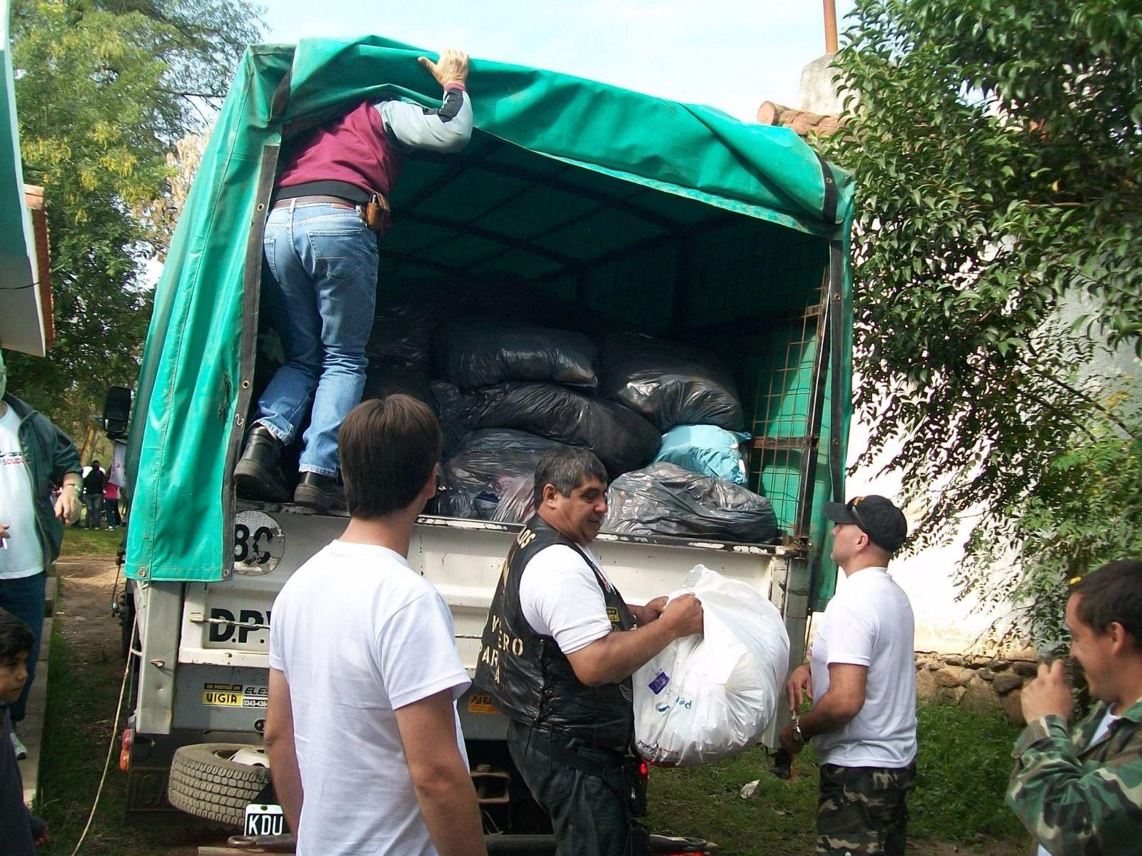 Moteros solidarios llevarán hasta Colón donaciones de todo el país