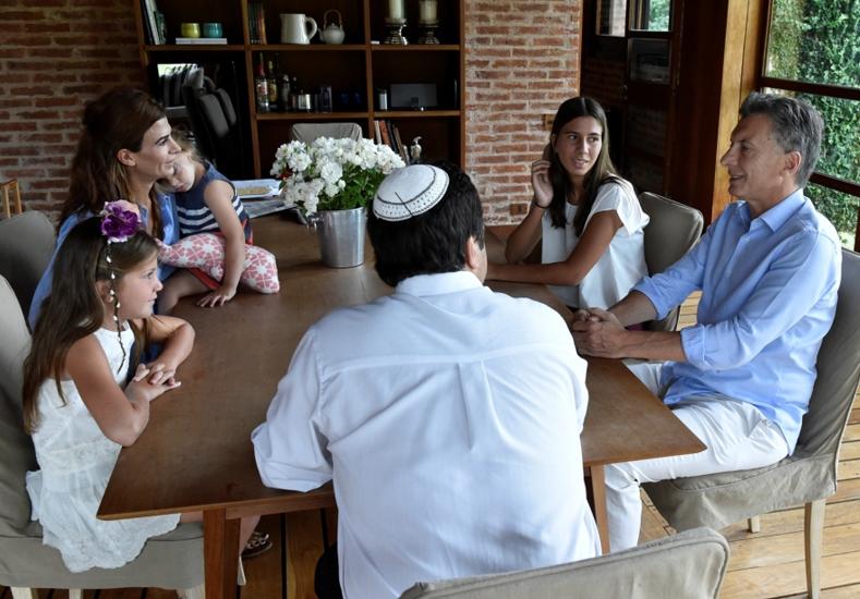 Así fue la reunión del Presidente con las hijas de Nisman