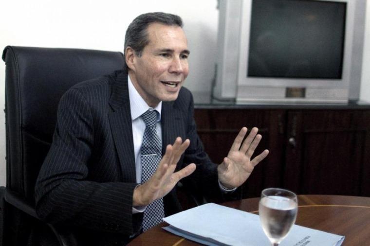 A un año de la muerte de Nisman buscan imprimir un giro a la investigación judicial