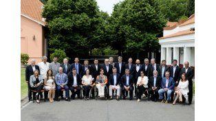 El presidente Mauricio Macri junto a los gobernadores.