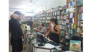 Época fuerte. Las librerías registran gran movimiento en la temporada estival.
