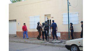 Ocho detenidos y droga secuestrada en once allanamientos simultáneos