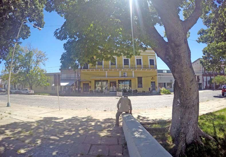 La vista del antiguo hotel de los inmigrantes.