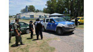 Efectivos de Gendarmeria en la zona donde fue capturado ayer Martín Lanatta.
