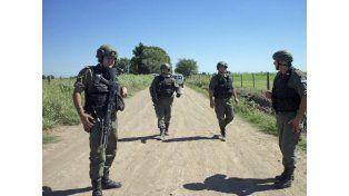 Los delincuentes son buscados por Gendarmería