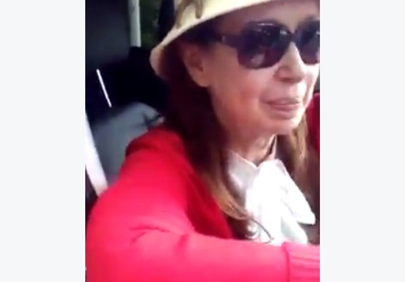 """Reapareció Cristina Kirchner: """"No me hagan llorar"""""""