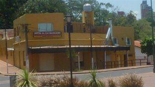 El hombre se encontraba alojado en el hotel El Entrerriano. (Google Street View)