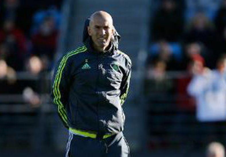 Zidane dirigió su primera práctica en el Real Madrid
