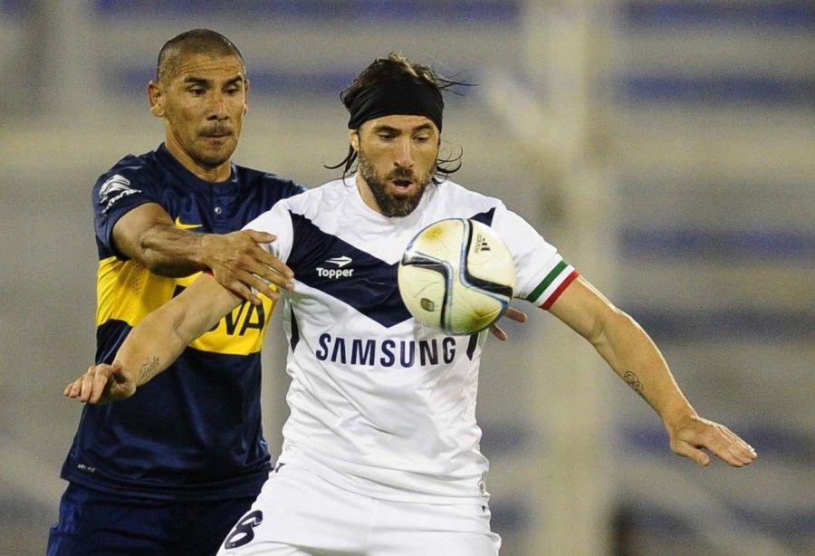 Pavone vuelve a Vélez