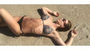 Jésica Cirio  mostró sus curvas en la playa