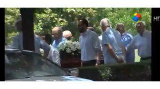 Dolor en el el último adiós a Antonio Carrizo