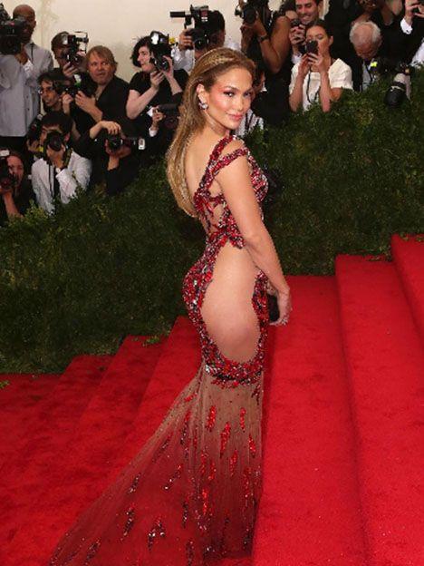 Jennifer Lopez en la MET gala el 4 de mayo.