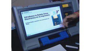 El Gobierno abrirá a mediados de enero el diálogo por la reforma electoral