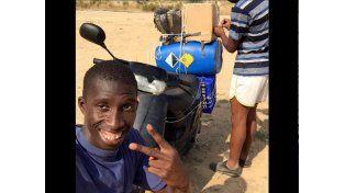 La publicación de Abdou Diouf fue parte de una campaña que imagina la travesía de un inmigrante hasta llegar a España.