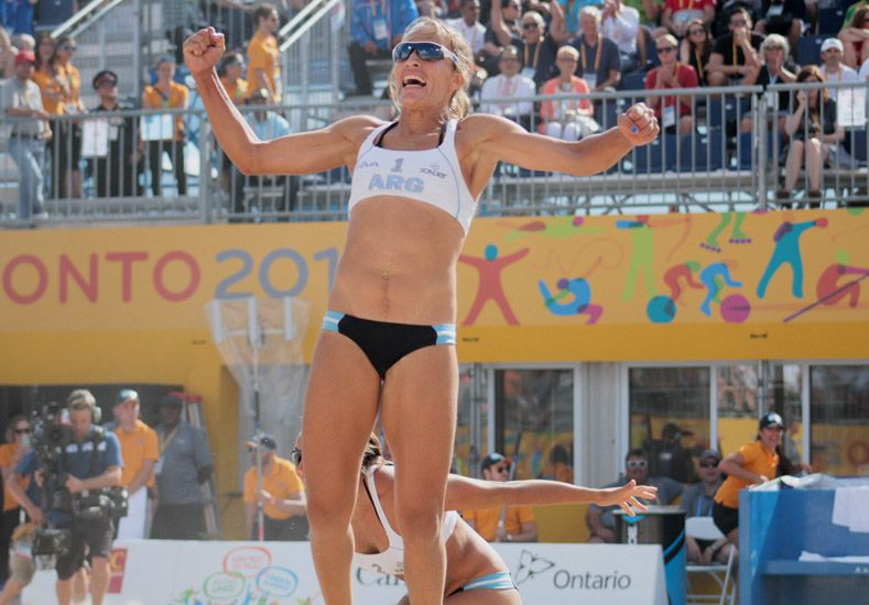 La jugadora de Nogoyá se subió a lo más alto en Toronto. Junto a Klug estuvieron en la terna de los Olimpia.