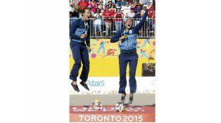 GRITO DEL CORAZÓN. Ana y Georgina Klug celebraron la Medalla de Oro con gran euforia y emoción.