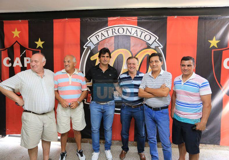 Forestello tuvo ayer su primer contacto personal con la dirigencia de Patronato. (Foto UNO/Diego Arias)