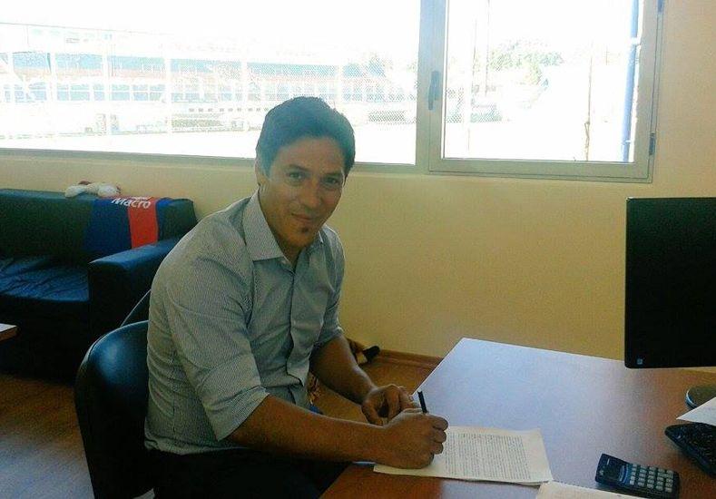 Mauro Camoranesi firmó su vínculo con Tigre