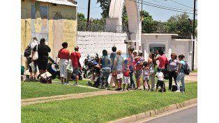 Todo el día. En las cárceles las visitas serán en horario extendido. Foto UNO/Juan Manuel Hernández